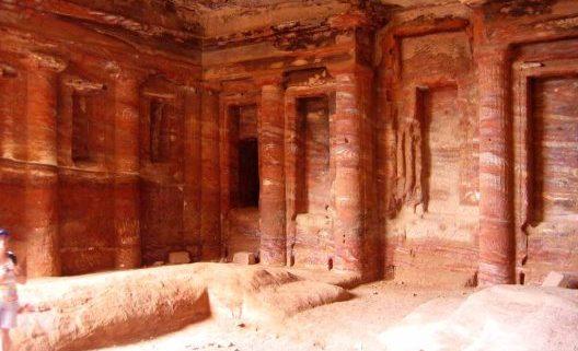 Templo de las columnas en Petra