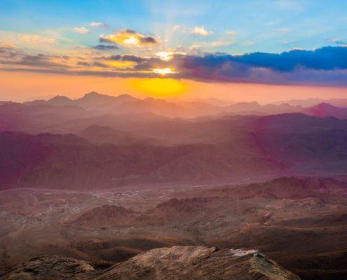 amanecer en el monte sinai